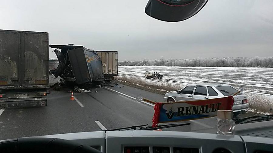 Масштабная авария вОдесской области: натрассе создалась внушительная пробка