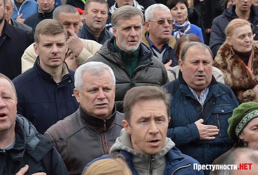 СБУ отыскала тоннели сзолотом иантиквариатом вдоме украинского политика