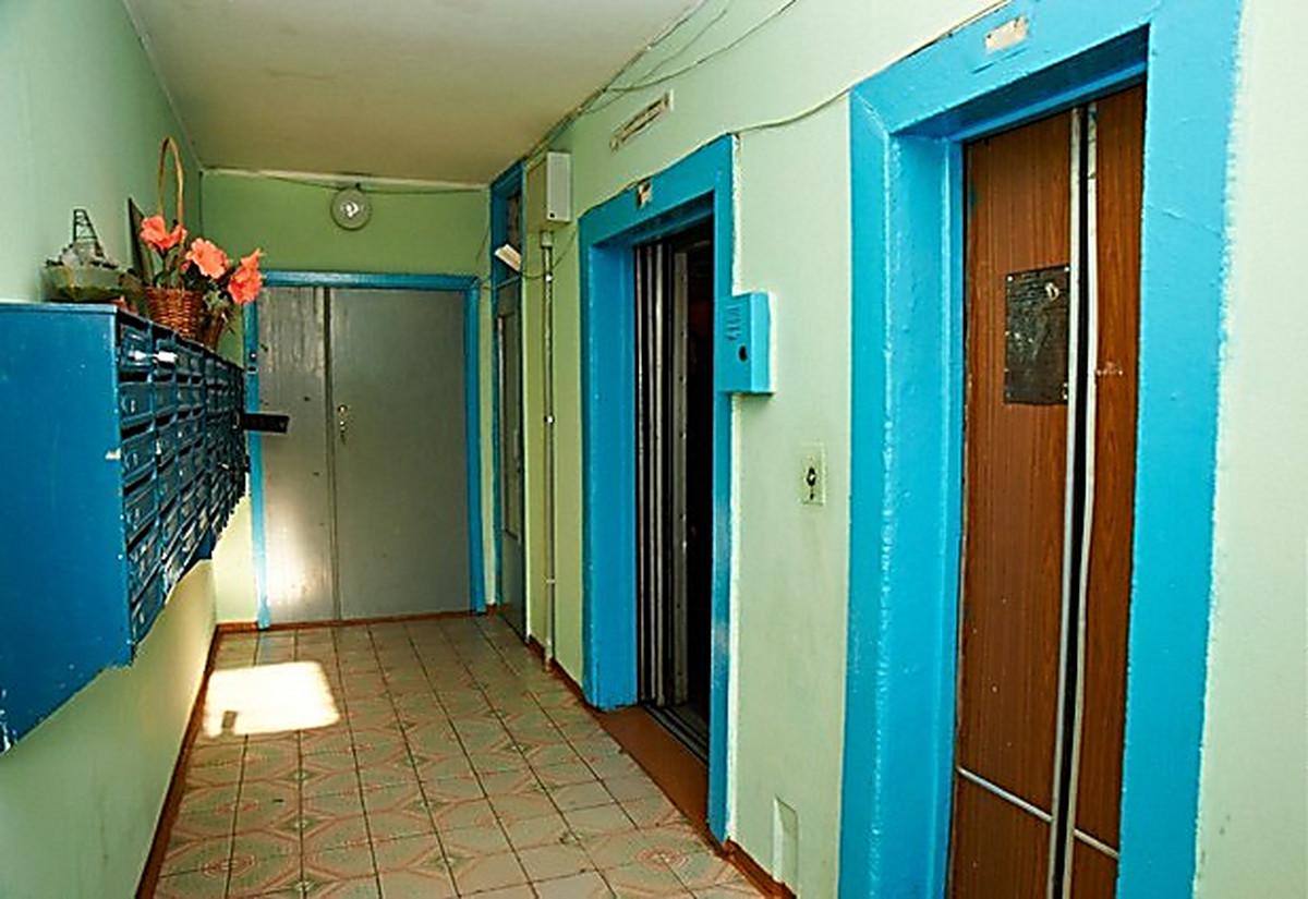 при скольки этажах устанавливается лифт откатные ворота своими