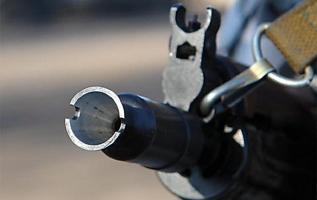 НаДонбассе военный устроил стрельбу вквартире