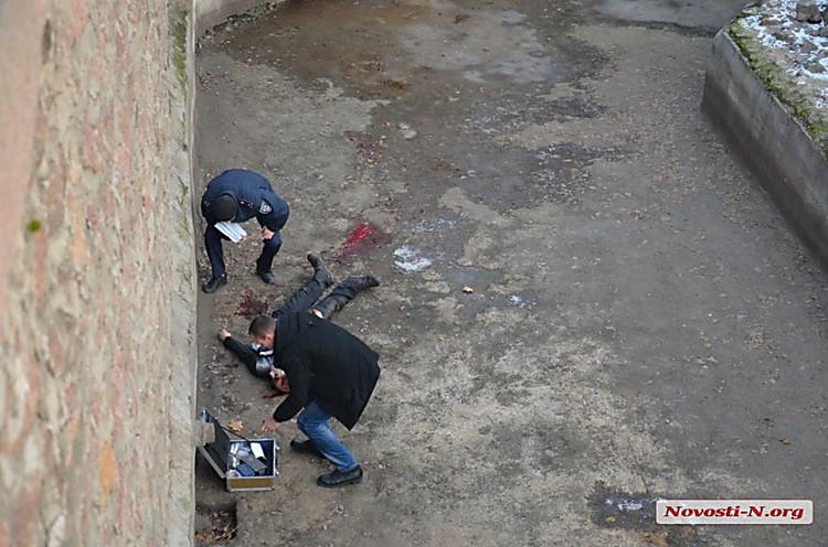 Рабочий Николаевского зоопарка умер вклетке стиграми